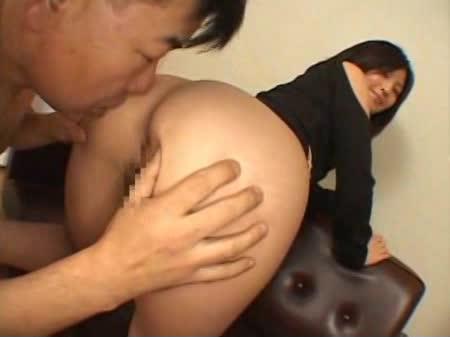 【バックの主観・ハメ撮り動画】素人のバックH無料動画。【素人】ケツを突き出してバックから激しく突かれる後背位SEX